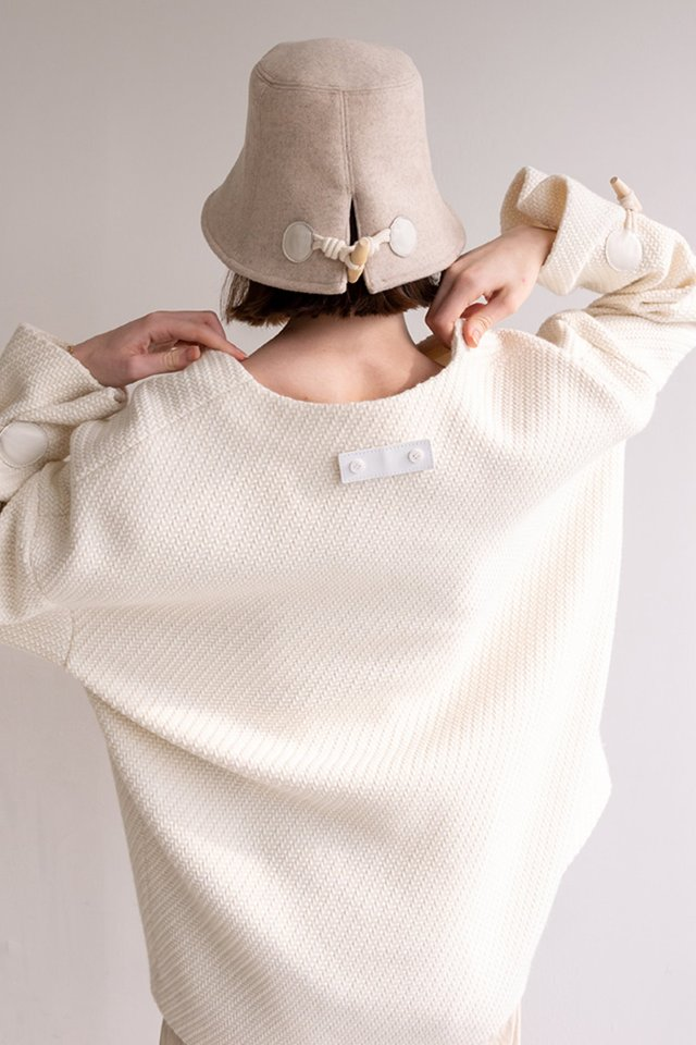 Toggle wool bucket hat (Beige)  [Unisex]