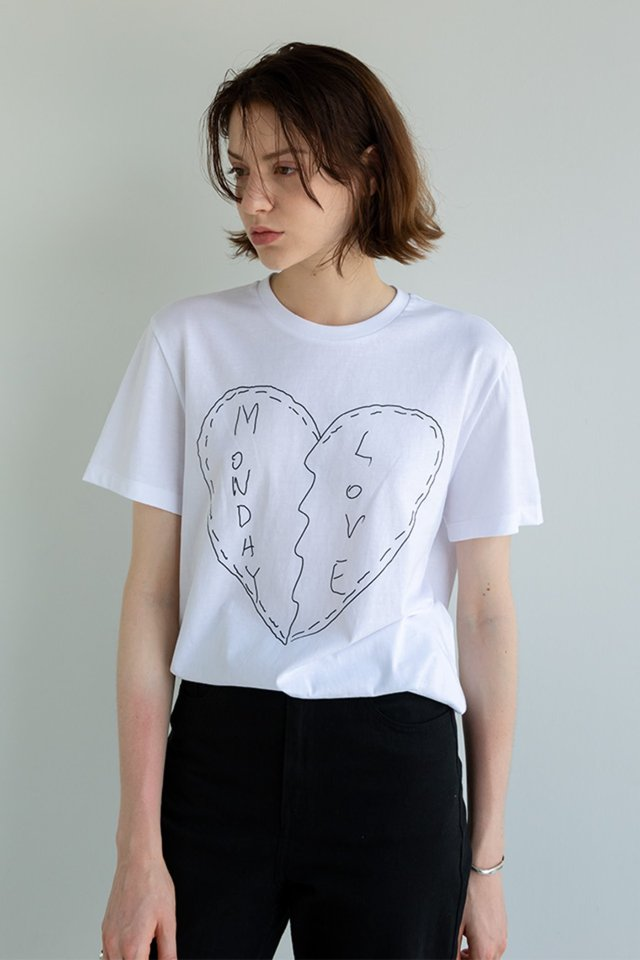 Sketch t-shirt (White)  [Unisex]