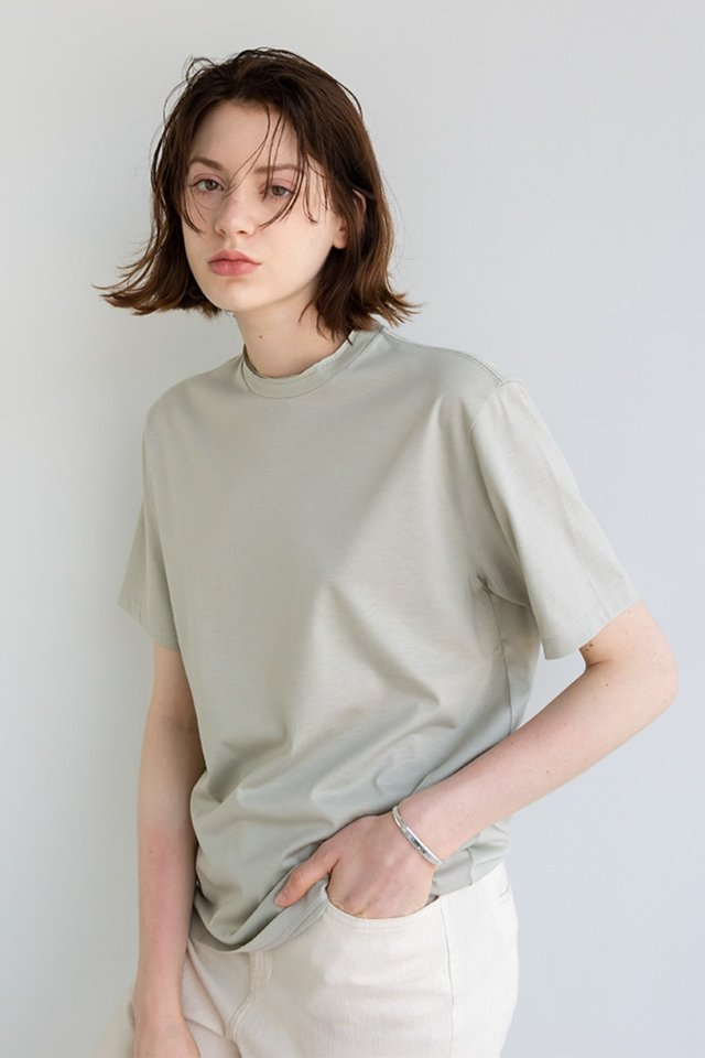 Silk cutting t-shirt (Oyster)   [Unisex]