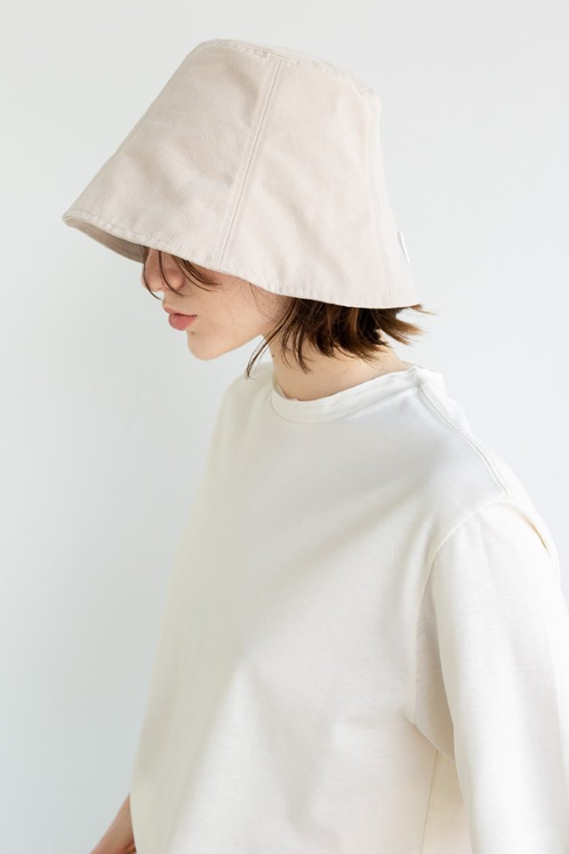 Signature bucket hat (Beige)  [Unisex]